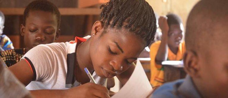 Article : Réussite éducative au Bénin : quels peuvent être les apports des TICs ?